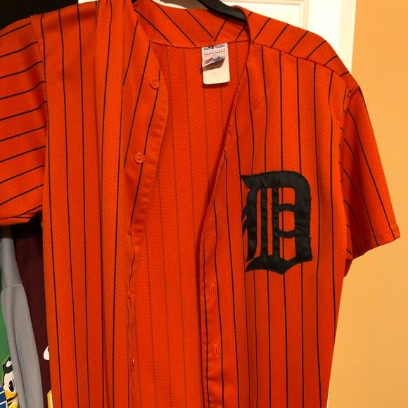 cheap for discount 65fc9 30ee9 Men's Large Majestic Detroit Tigers Retro Jersey